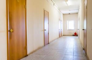 коридор в общежитии для студентов